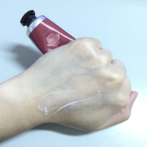四個皇后玫瑰護手霜2.jpg