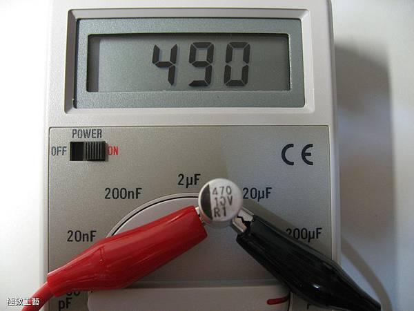 15. 第一顆微凸電容的容值.JPG