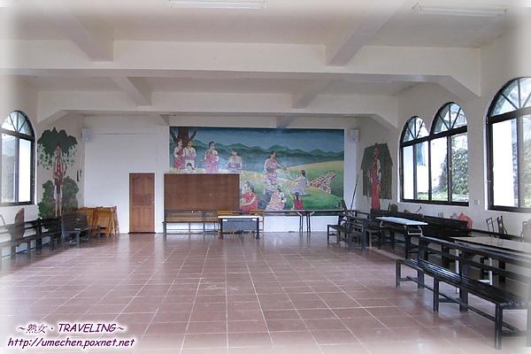 鎮西堡教會-內部-1.jpg