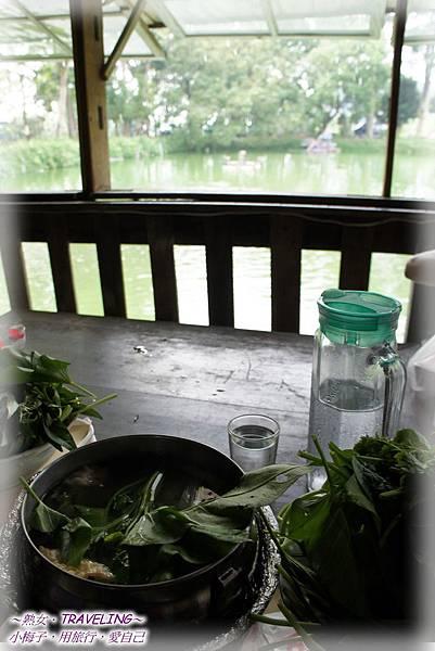 山門咖啡-倚靠窗邊品野味.jpg