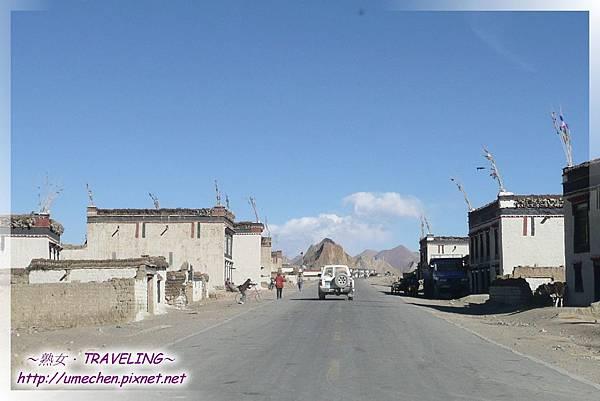 近珠峰路口的村莊