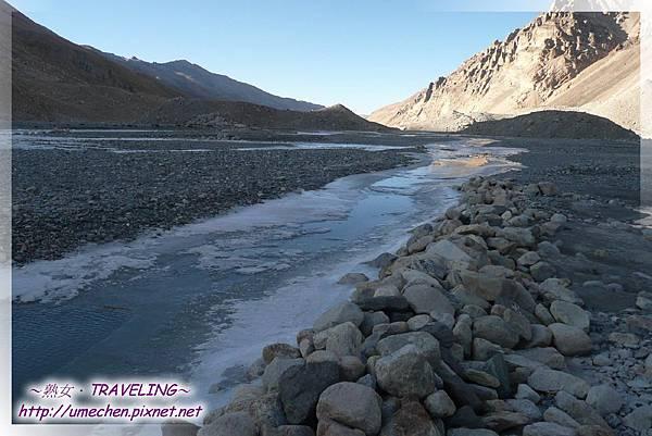 珠峰大本營-絨布河