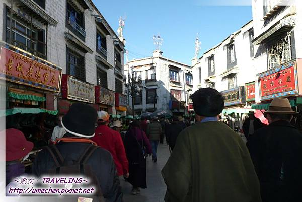 八廓街-指環繞大昭寺周圍約500公尺的環形道路.jpg