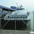 21-香港碼頭的噴射飛船(水翼船).jpg