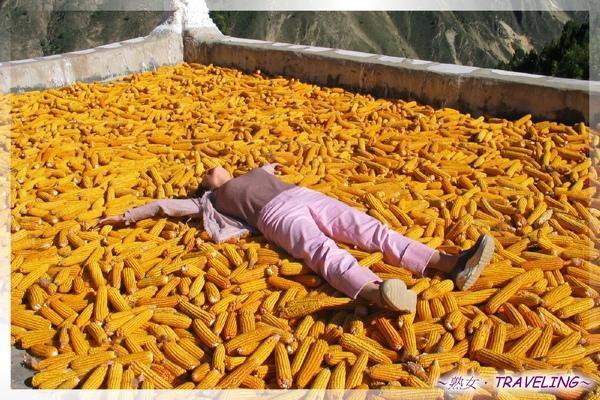 甲居藏寨-玉米的金色誘惑(2).jpg