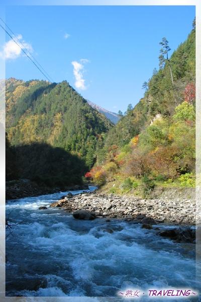 前往八美鎮-山谷秋景(2.jpg