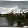 特奇-斯丹普尼茲湖-湖畔的環湖小徑.jpg