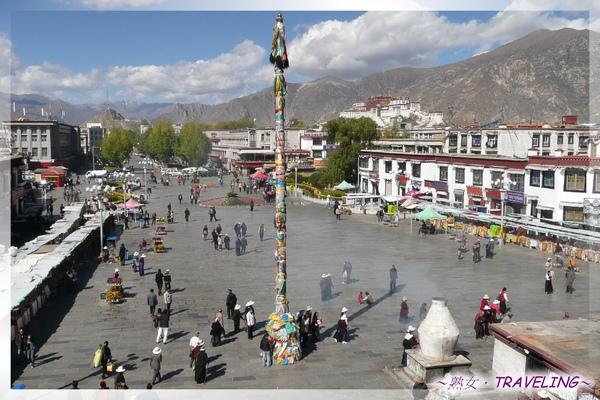 大昭寺-頂樓-頂樓露台也是俯視八廓街和廣場最佳地點.jpg