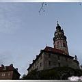 庫倫洛夫-城堡和彩繪圓塔2.jpg