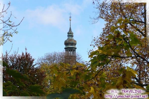 庫納霍拉-聖芭芭拉教堂旁邊的禮拜堂.jpg
