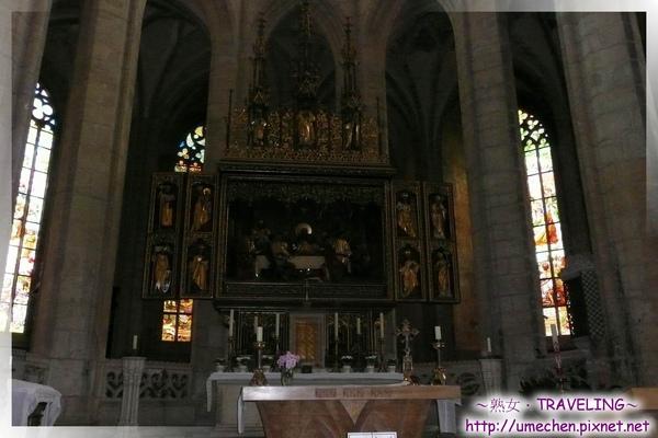 庫納霍拉-聖芭芭拉教堂-主祭壇2.jpg