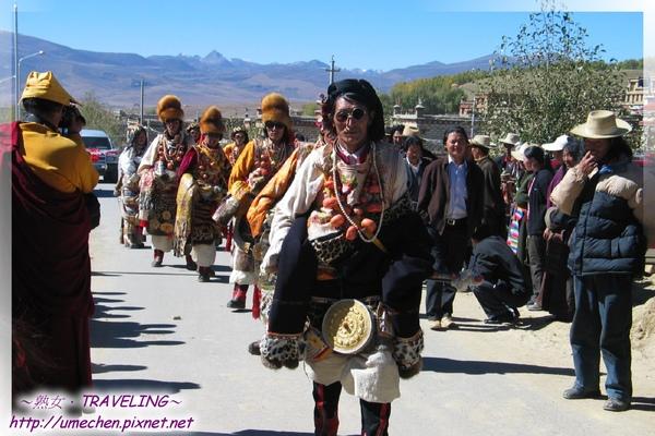 理塘-藏族婚禮-超酷的康巴漢子(3.jpg