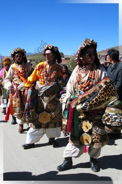 理塘-藏族婚禮-超酷的康巴漢子(6.jpg