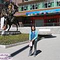 理塘-格薩爾王的銅像.jpg