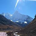 初見央邁勇-海拔5958m(和夏諾多吉一樣).jpg