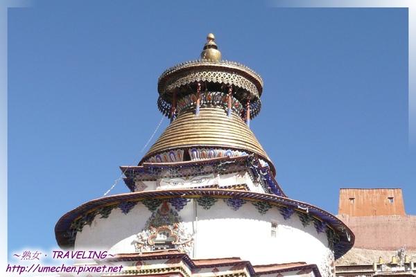 白居寺-十萬佛塔-共有108門,佛殿76間,號稱佛像十萬尊,故稱十萬佛塔,實約7萬餘尊.jpg