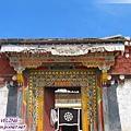 長青春科爾寺-康南黃教的聖地,在理塘城北處.jpg