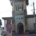 磨西鎮-老街巷內的天主堂.jpg