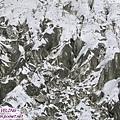 一號冰川-冰川在轉彎處擠出的皺摺地形.jpg