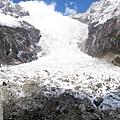 一號冰川-亞洲最大的冰瀑,世界海拔最低的冰川.jpg