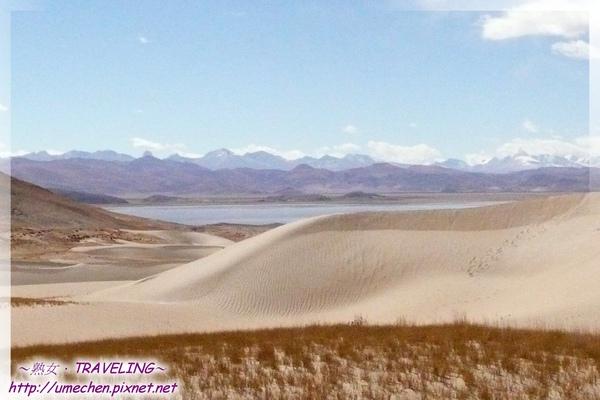 五彩沙漠-馬泉湖與沙丘併存-1.jpg