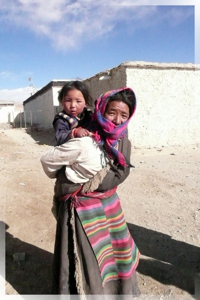 帕羊找住宿-這對是母女還是奶奶和孫女呢.jpg