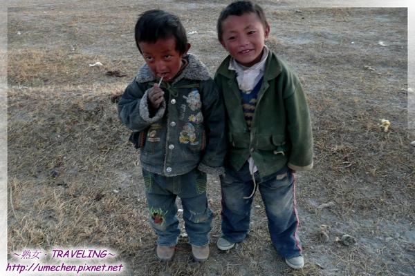 帕羊-賞夕陽-藏族小孩來了-2.jpg