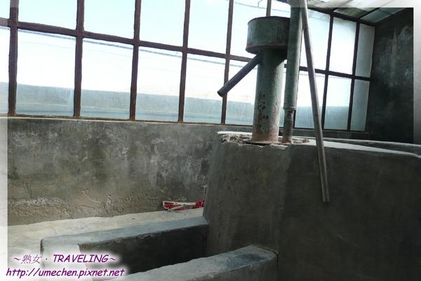 過冬馬廄-屋內有飲水設備.jpg