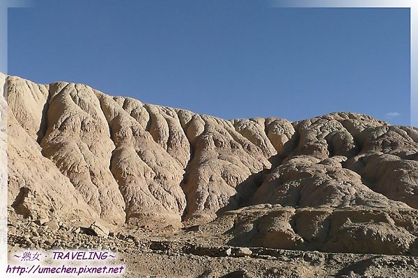 茅茨溝-酷似肥腸的山體-3.jpg