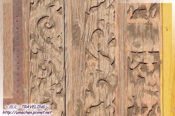 古格-紅殿-大門的卷草紋浮雕-2.jpg