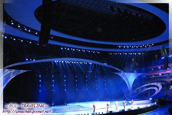 世博文化中心-歌舞秀-02.jpg