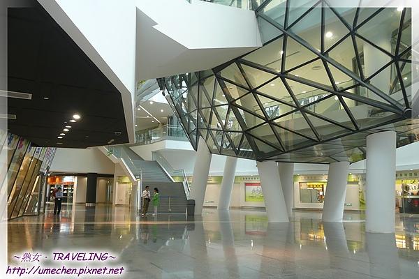 世博文化中心-地下商店街.jpg