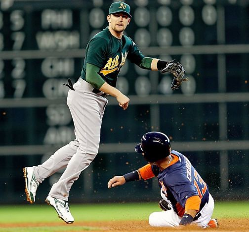 Jed Lowrie  Photo by  Bob Levey_Getty Images