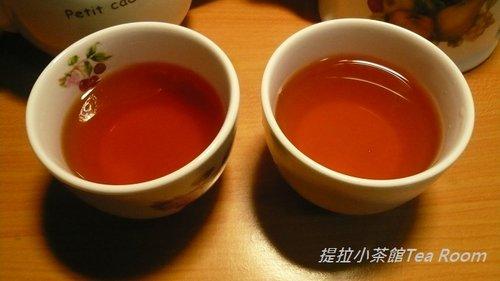 20120312TWININGS唐寧英倫早餐茶_黑盒紅盒比一比  (2)
