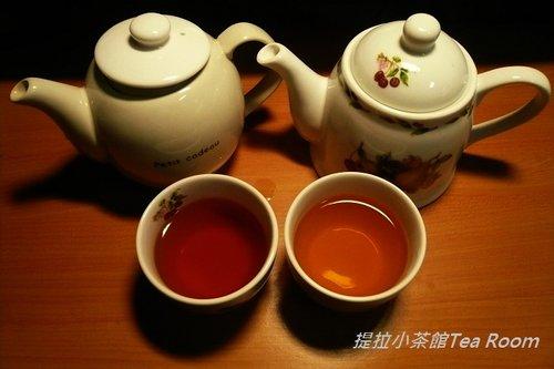 20120312TWININGS唐寧英倫早餐茶_黑盒紅盒比一比  (3)