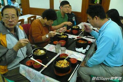 20130516臺中綠園道石頭飯館全家吃吃樂  (14)
