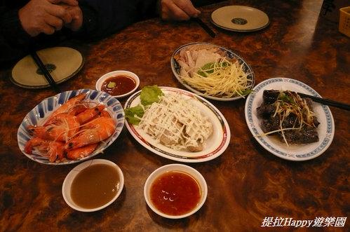 20130201台中翁記剝骨鵝肉專賣店 隨便點隨意吃的小尾牙  (7)