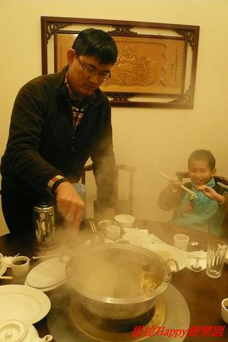 20130214彰化亨商養生煮_吃阿叔親手煮的火鍋  (5)