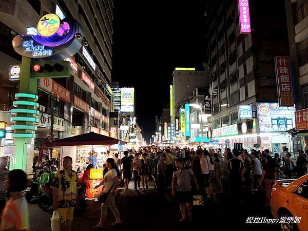 高雄六合夜市 (1).jpg