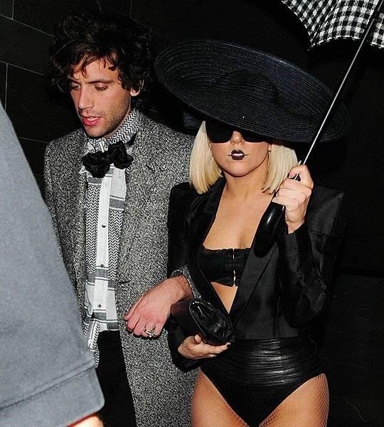 Mika & Lady Gaga_02