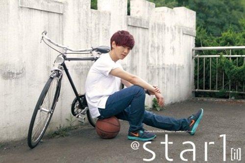 「@Star1」雜誌(悠閒的Pose也很有型喲^V^)