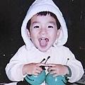 01正洙小時候...-2(瞧你笑得多開心呀ㄎㄎㄎ)