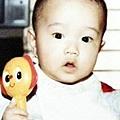 鐘雲小時候...-1(猜猜我是誰?)