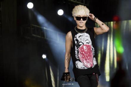 Rock Singer In 金唱片-18