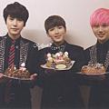 開心吃個蛋糕吧^^