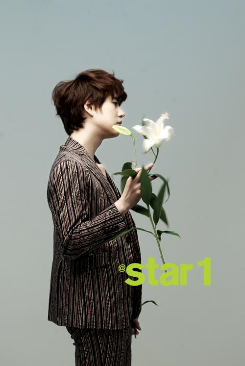 @aStar1雜誌3月號(圭賢)-02