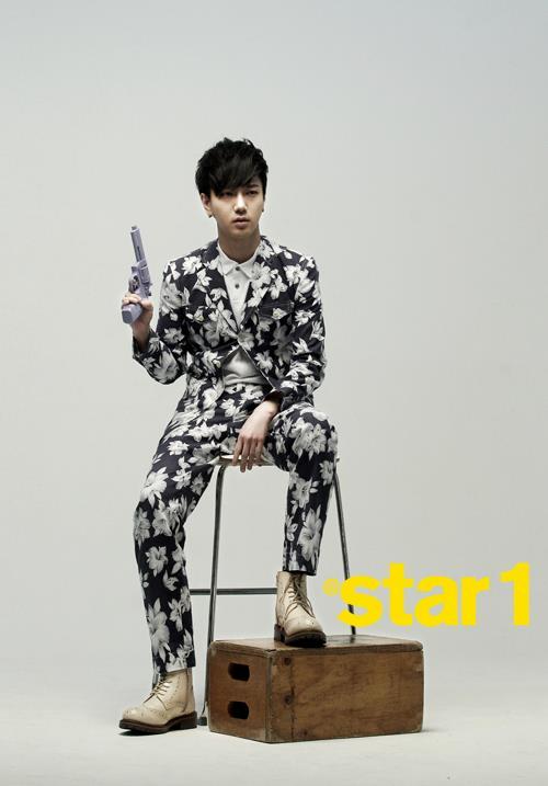 @aStar1雜誌3月號(藝聲)-01
