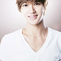 首爾購物節宣傳大使(藝聲)好一個白淨的嫩小子喲~