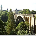 Adolphe_bridge_in_Luxembourg_city_2007_02