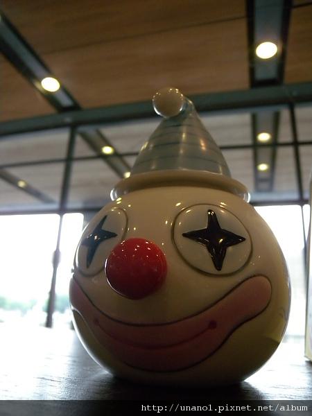 小丑茶罐? 梅子罐?